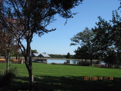 & Cedar Lake Cellars Photos